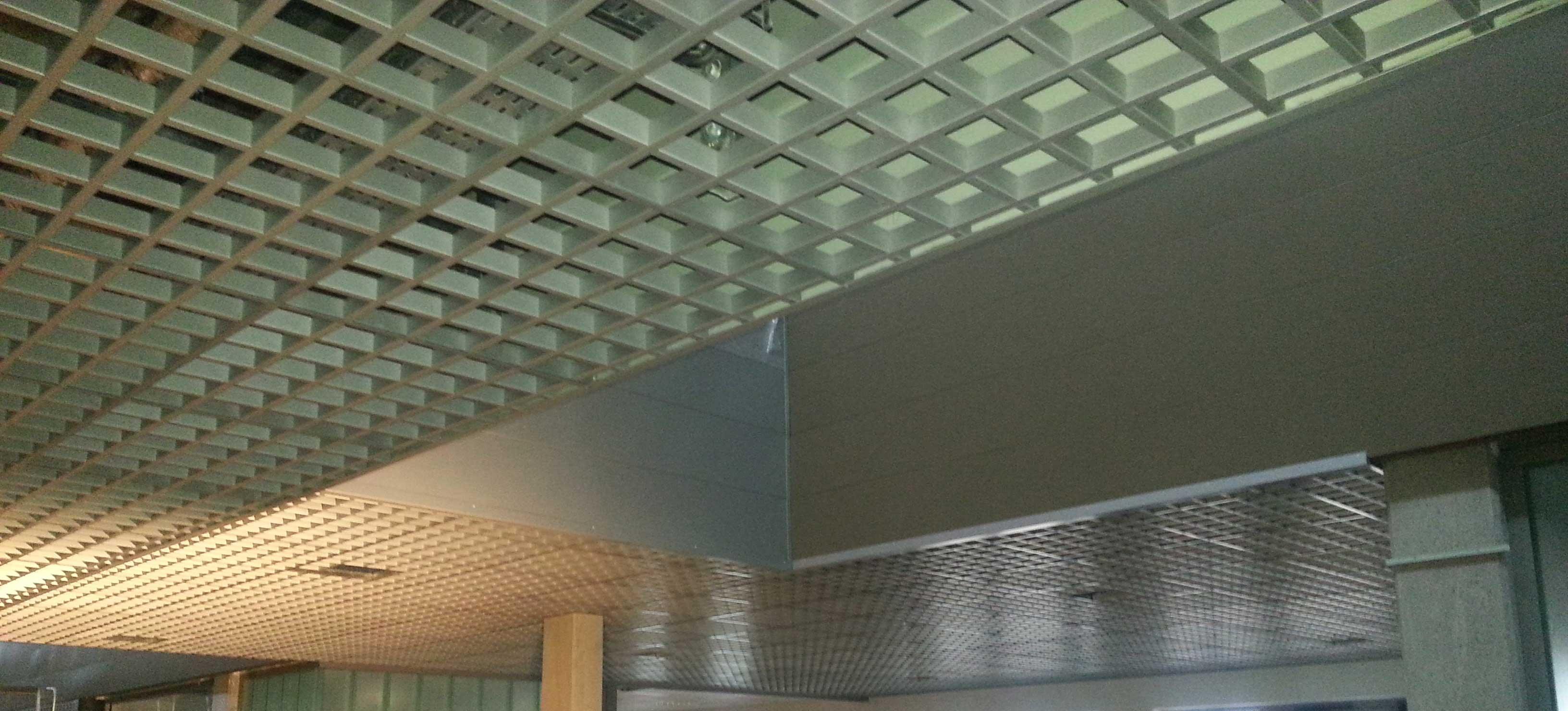 a_plafond_suspendu_8